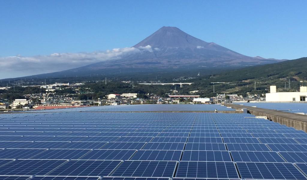 竣工した富士市東部浄化センター太陽光発電所 ©Solar Power Network